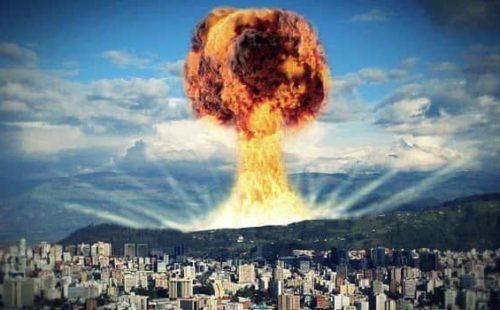 من اخترع القنبلة النووية؟